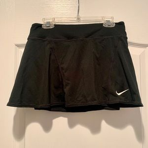 Black Nike tennis skirt 🎾